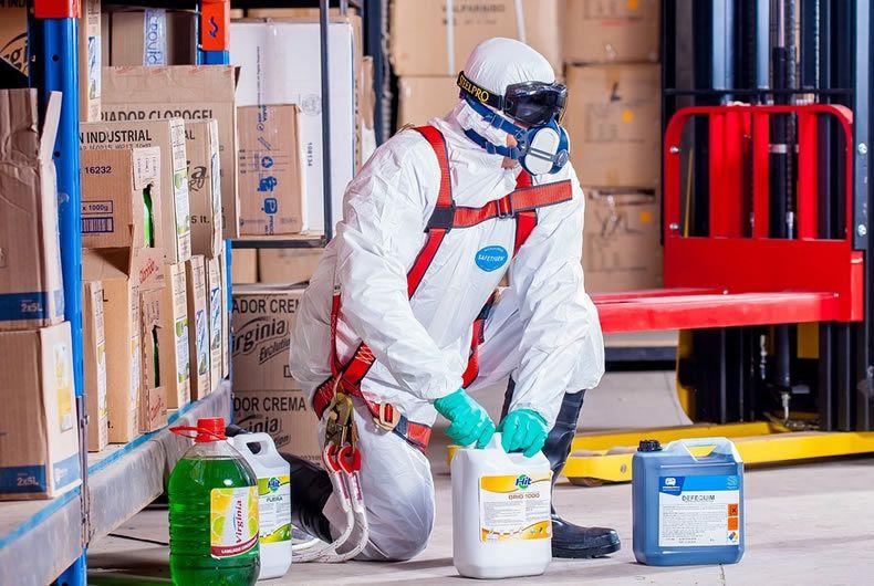 procedura di trattamento di materiali potenzialmente pericolosi