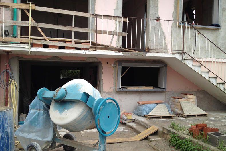 Cantiere costruzione nuova abitazione
