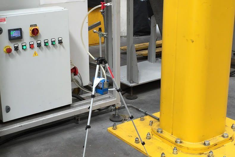 fase di studio in un'indagine per la presenza di sostanze pericolose inquinanti in luogo di lavoro
