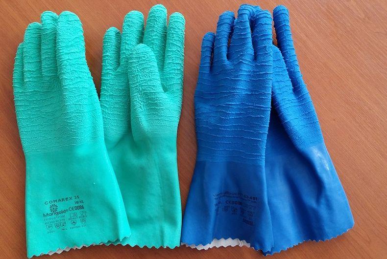 guanti con rivestimento materiale speciale per lavorazioni